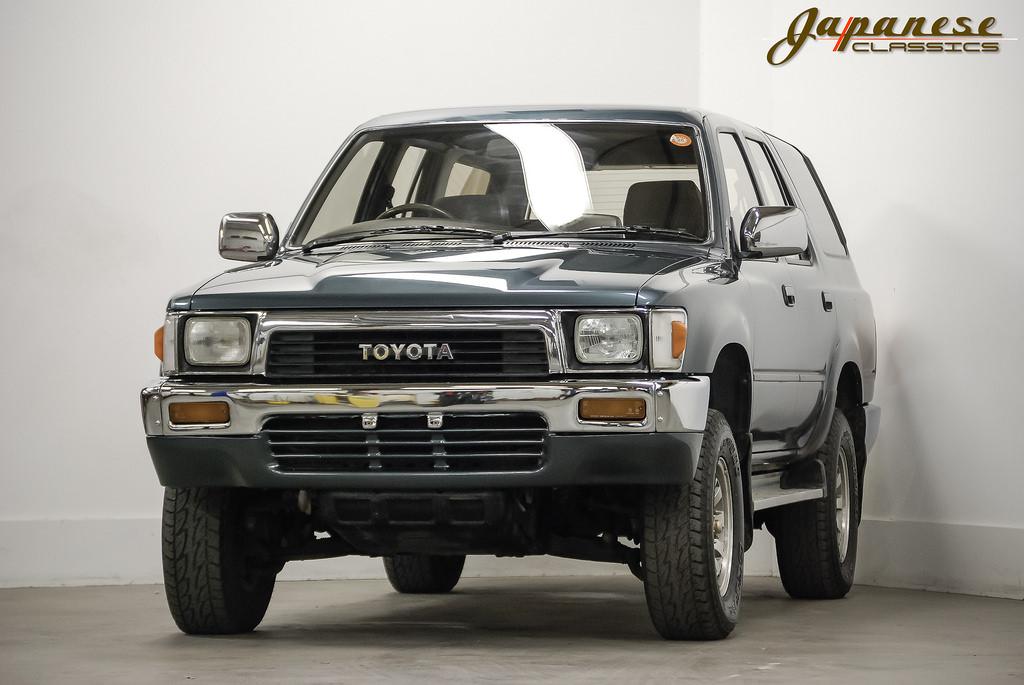 japanese classics 1990 toyota hilux 4x4 turbo diesel. Black Bedroom Furniture Sets. Home Design Ideas