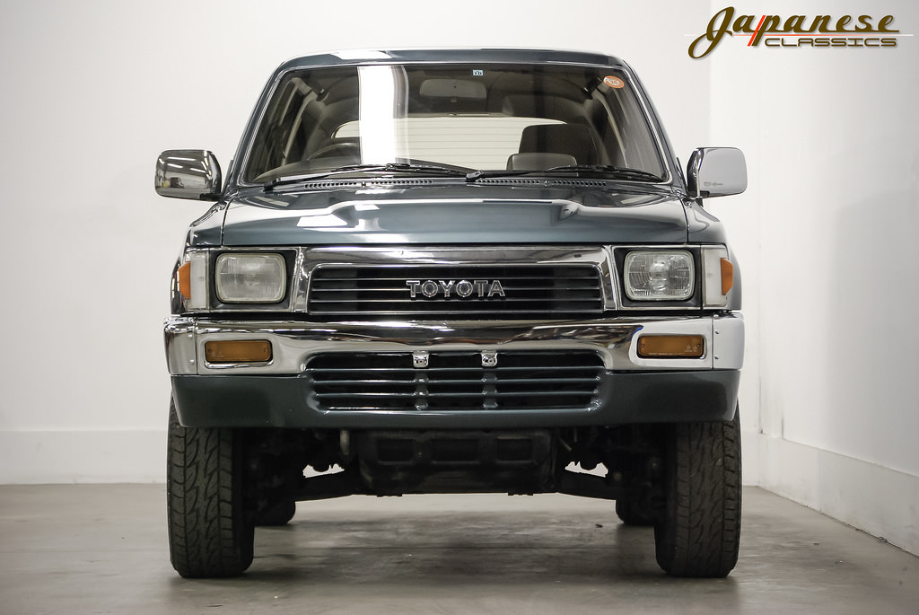 japanese classics 1990 toyota hilux 4x4 turbo diesel. Black Bedroom Furniture Sets. Home Design Ideas