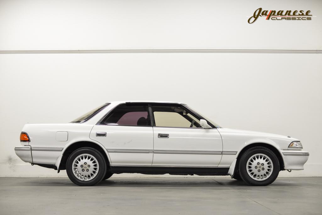 Japanese Classics 1990 Toyota Mark Ii Jxz81