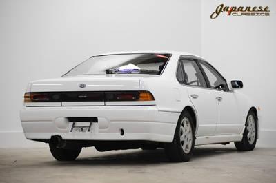 Japanese Classics 1989 A31 Nissan Cefiro