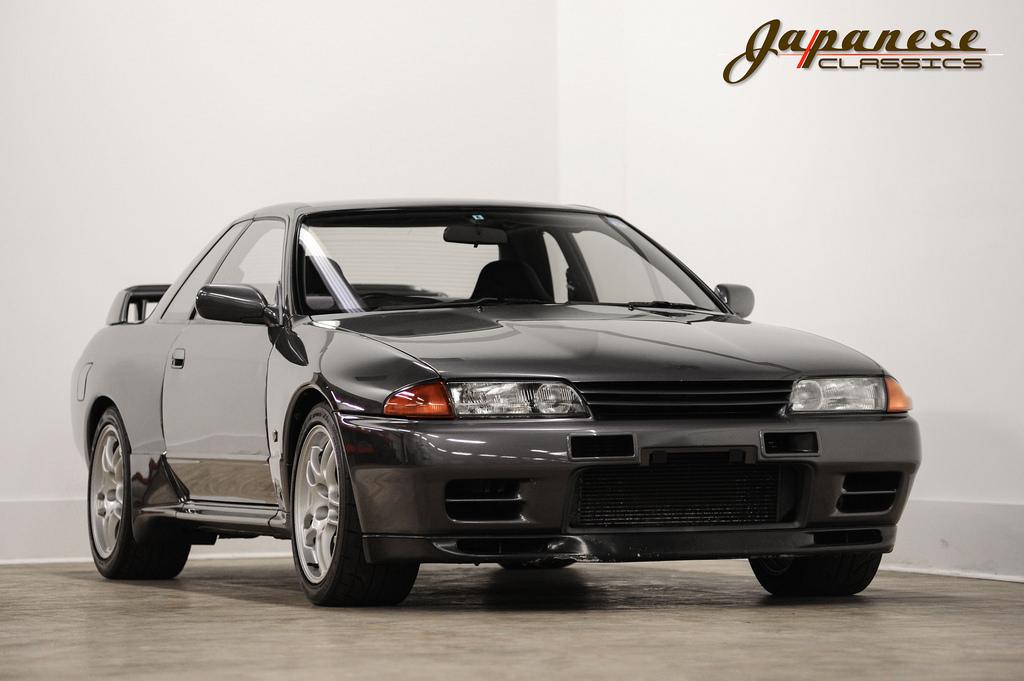 Japanese Classics 1990 Nissan Skyline R32 Gtr