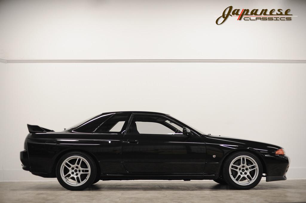 Japanese Classics | 1989 Nissan Skyline R32 GTR