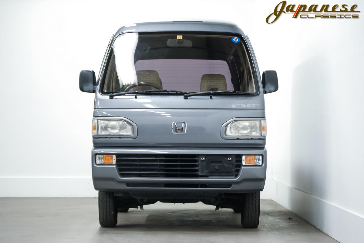 "1990 Honda Acty ""Street G"""