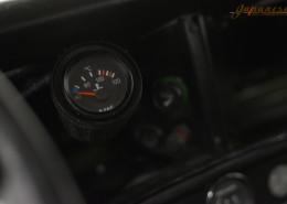 1976 Land Rover Santana 109