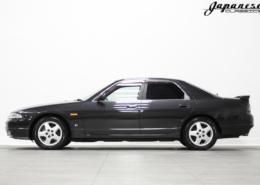 1995 Nissan R33 Skyline Sedan